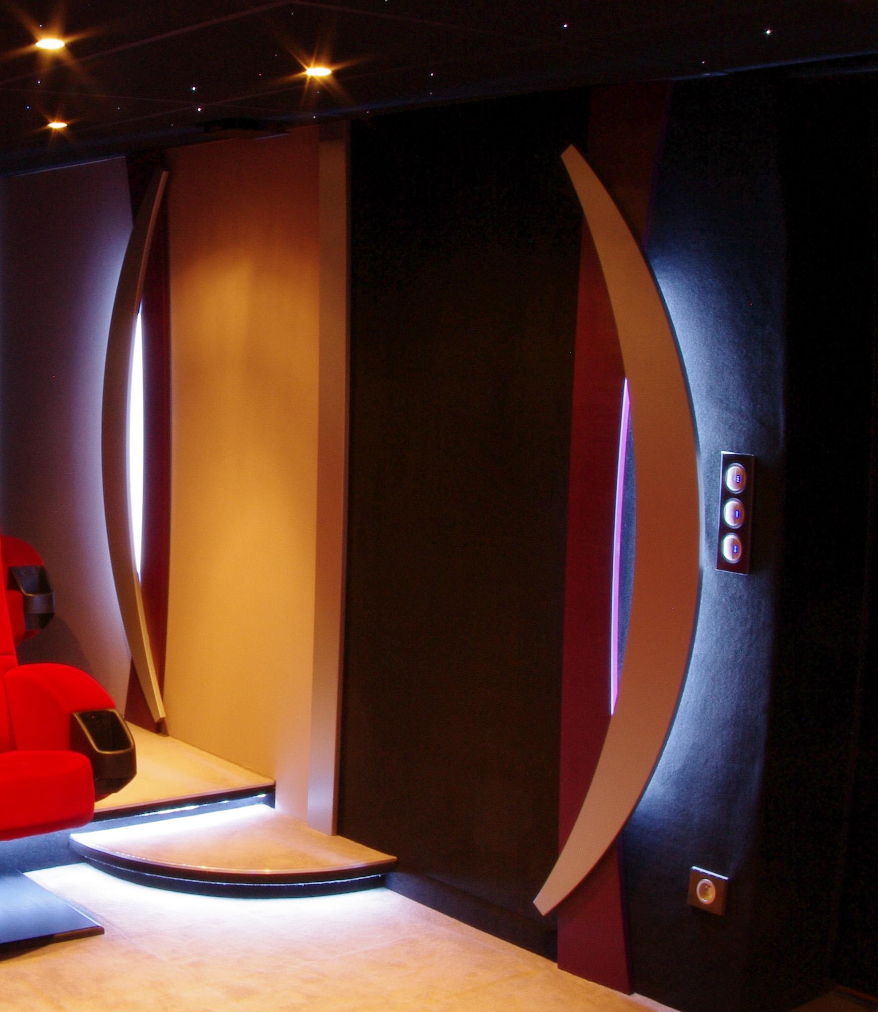 Toute La Lumiere Sur L Eclairage De Votre Salle De Cinema Privee
